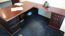 Gunlocke L Desk